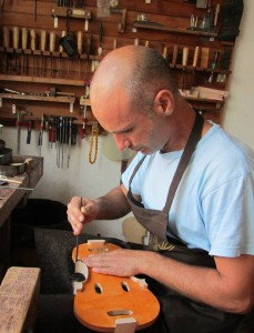 Dimitrov Luthier 2