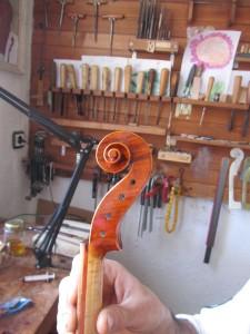 violin scroll_right